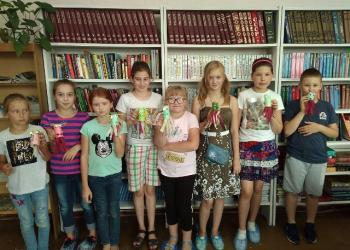 Китай - страна загадок: лавка библио-древност...